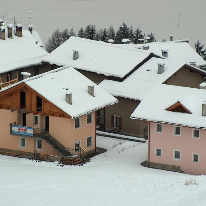 Villa-uni-bifamiliare-Oga-SITO-021
